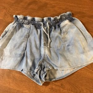 YMI shorts XL